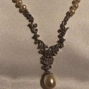 Jewelry - 🌹Pearl and Diamond Necklace! Gorgeous